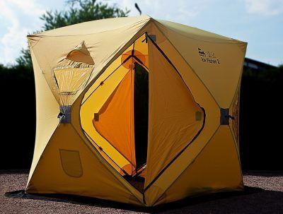 Желтая кубическая палатка